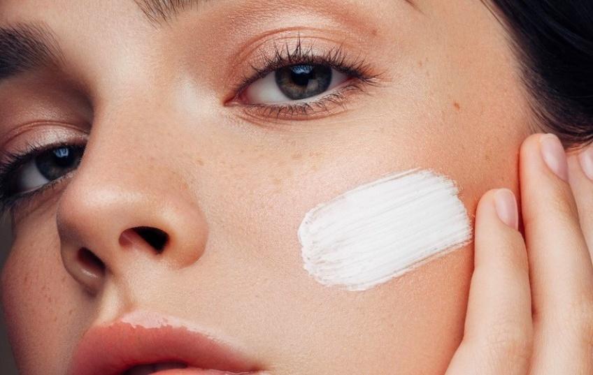 Trouvez le produit qui révélera votre meilleure peau grâce au FaceMapping® !