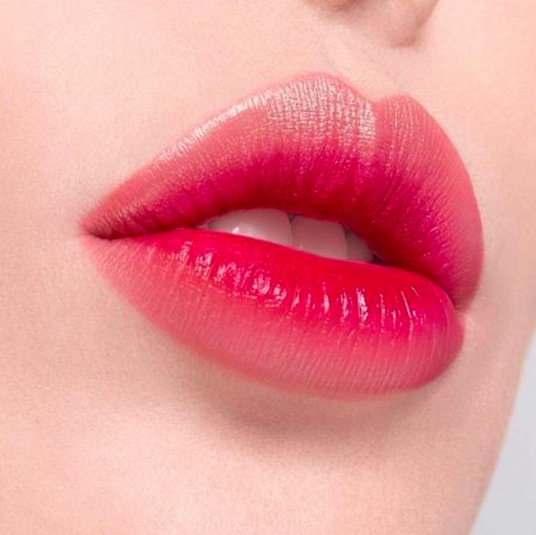 Le two-tone Lip Bar : le rouge à lèvres qui affole les