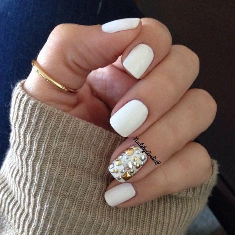 Nail Art Black White And Gold: 20 Façons De Porter Le Vernis Blanc Cet été