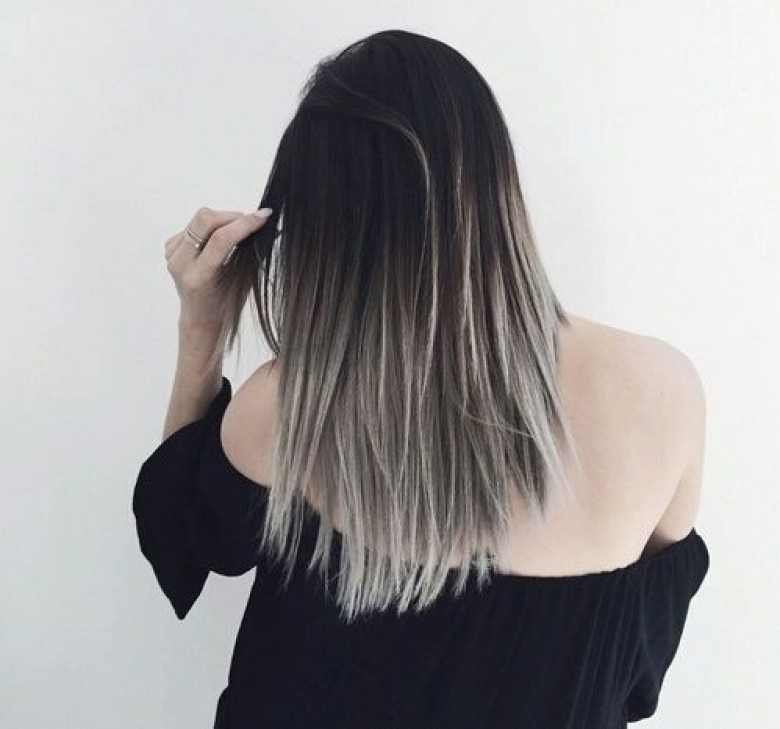 Couleur de cheveux noir et gris