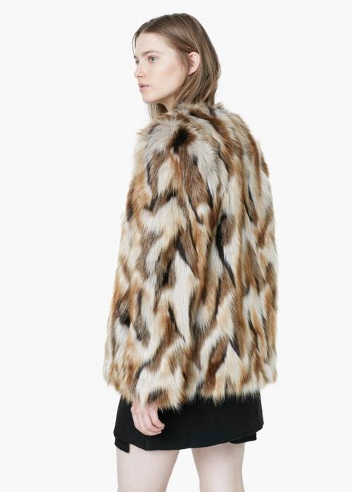 Un manteau en fourrure pour l hiver 59eabc0c512a