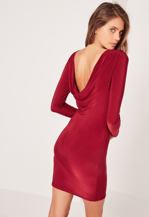 Missguided - Robe moulante bordeaux à dos bénitier