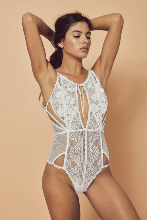 For Love & Lemons body