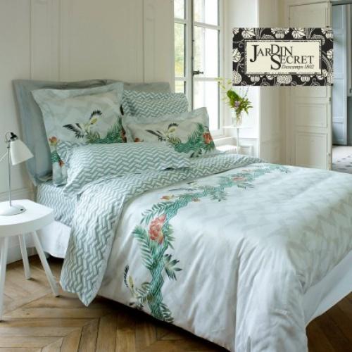 3 ambiances et 40 accessoires pour une chambre girly les claireuses - Parure de lit descamps ...