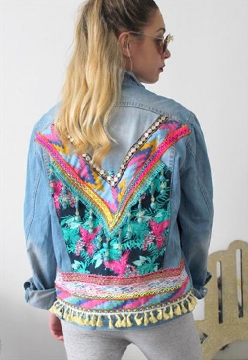 design de qualité 784f6 33d65 25 vestes en jean brodées dans le dos qui vont puncher votre ...