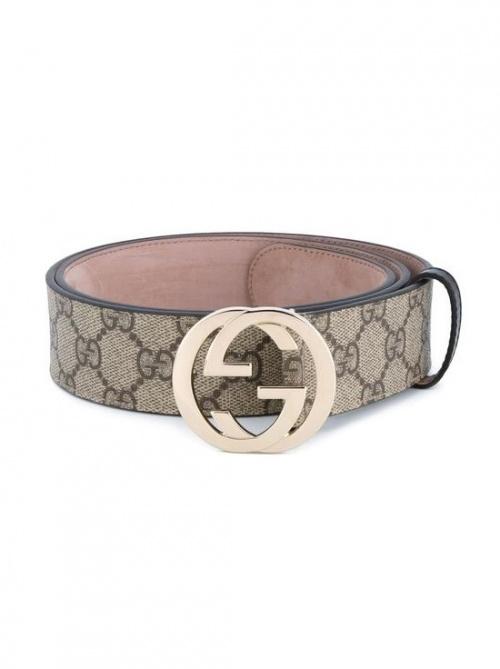 Instagram s affole pour un nouvel it-accessoire   la ceinture Gucci dbd0b57c207
