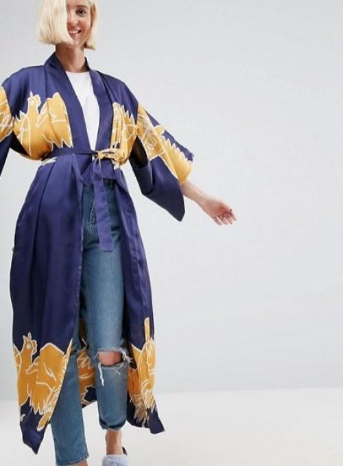 Asos Made In Kenya - Kimono en satin à motif perroquets