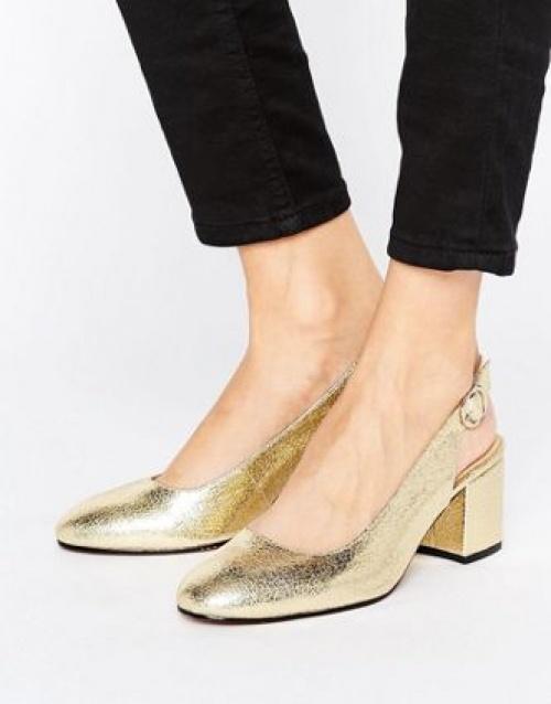 Chaussures à talons avec bride arrière