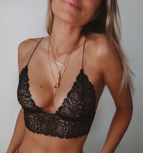 eLCy Clothing - Triangle