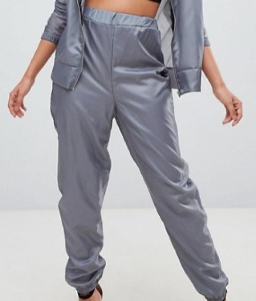 PrettyLittleThing - Pantalon de jogging à chevilles resserrées