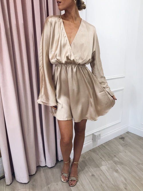Pretty Lavish - Robe