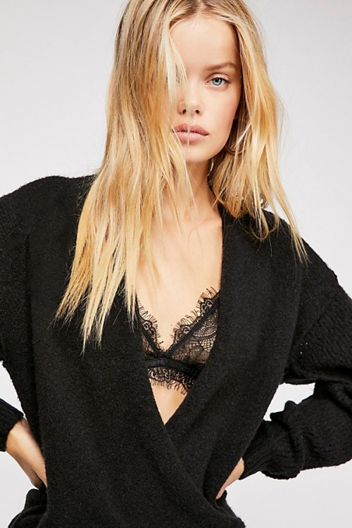 Free People - Pull cache-coeur