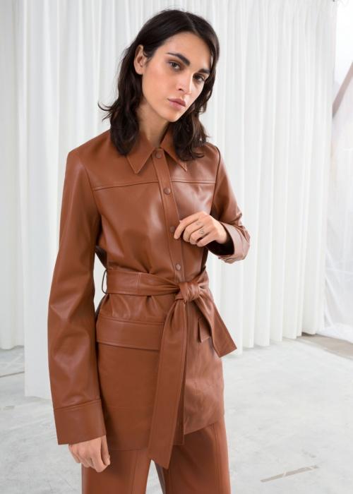 & Other Stories - Manteau en cuir avec ceinture