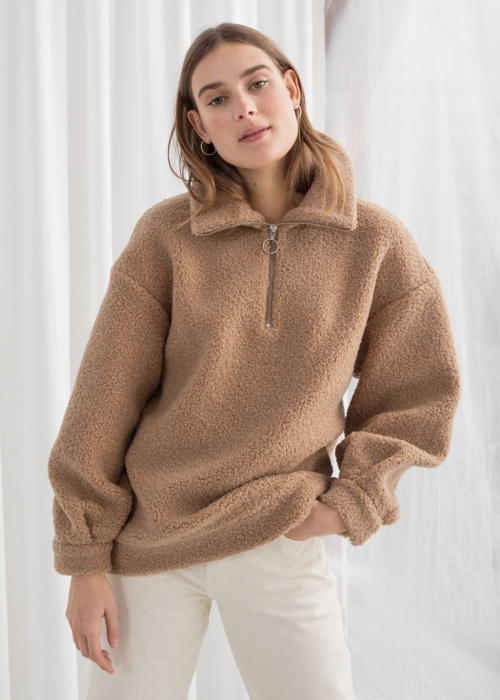 & Other Stories - Pull en faux shearling