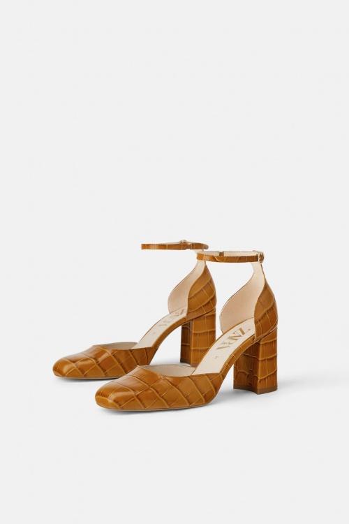 Zara - Chaussures en cuir à talons
