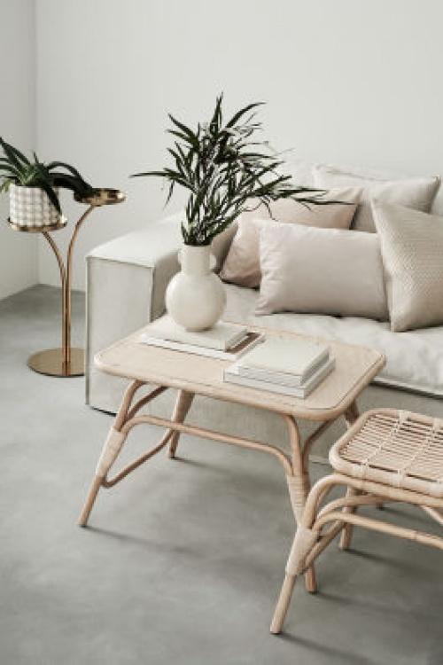 H&M Home - Table basse avec rotin