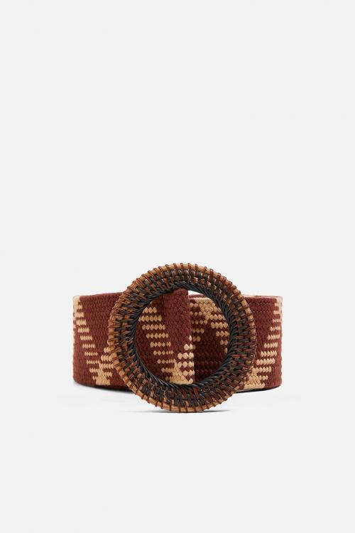 la meilleure attitude 614bd 7d127 Zara : Ces pièces que l'on doit impérativement porter ce ...