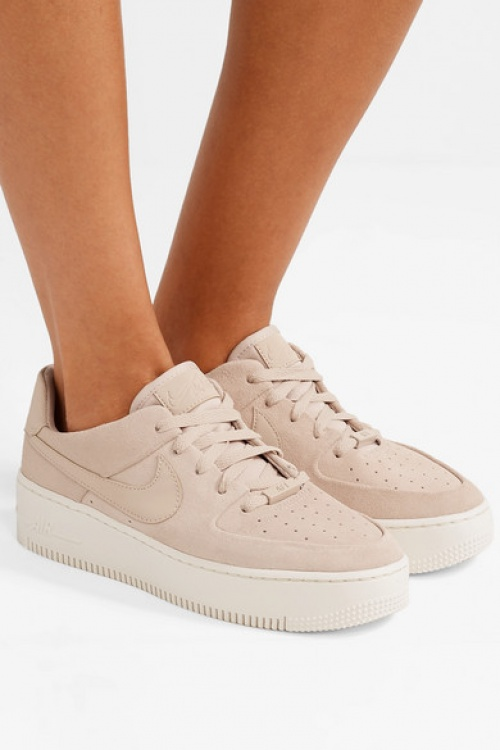 Nike - Baskets en daim Nike Air Force 1