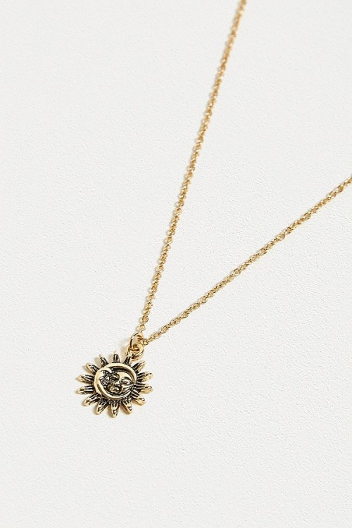Urban Outfitters - Pendentif lune