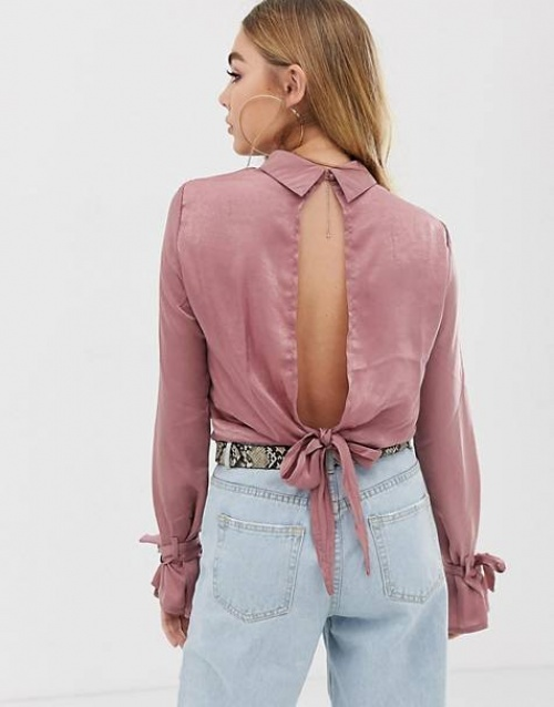Pretty Little Thing - Blouse dos nus