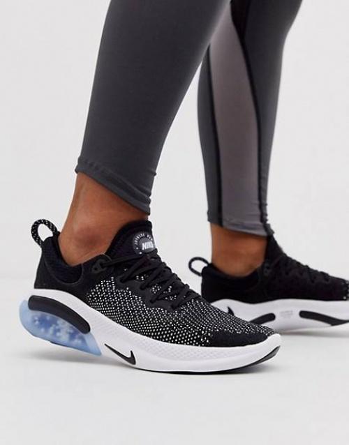 Nike Running - Baskets