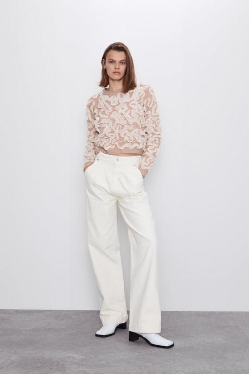 Zara - Pull détails tissu