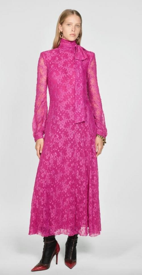 Zara - Robe longue en dentelle rose