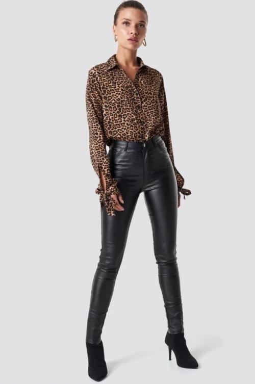 NA-KD - Pantalon simili cuir