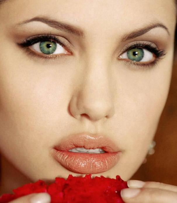 Quelles couleurs porter en fonction de la couleur de vos yeux les claireuses - Maquillage mariage yeux vert ...