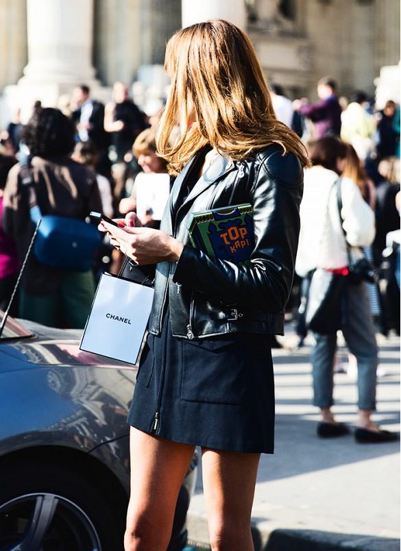 Phone Street Style leather jacket