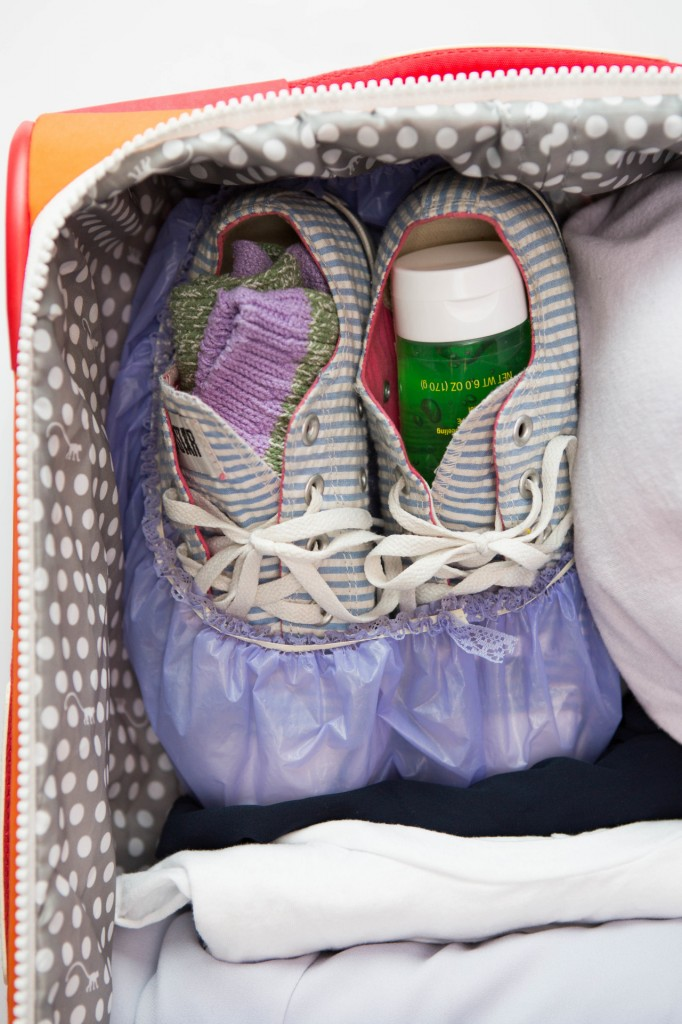 hack to pack a suitcase