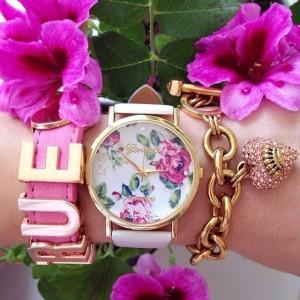 Bijoux créateurs en ligne - montre fleurs rose