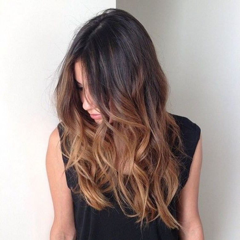 Tie and dye cheveux brun fonce