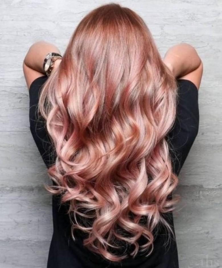 Couleur cheveux reflet blond