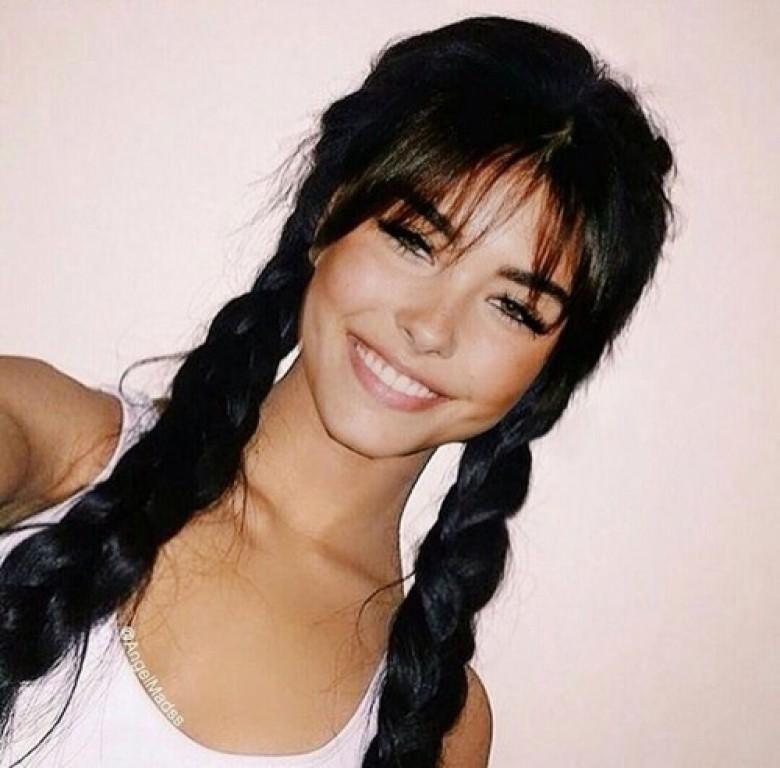 Photo de brune cheveux long