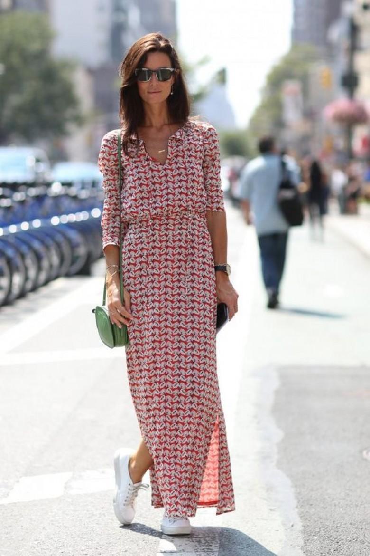 Comment porter une robe longue quand on est petite ?