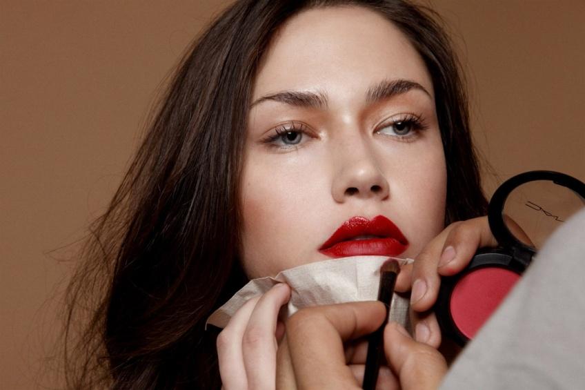 Dita Von Teese x Mac Cosmetics : le rouge à lèvres que vous adorerez