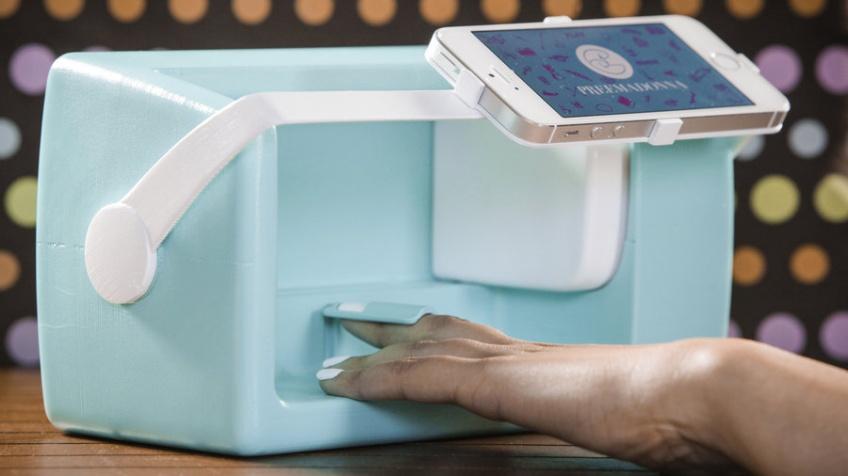 Cette machine va révolutionner le nail art