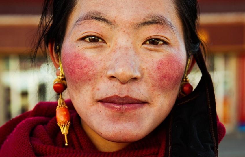 Une photographe fait le tour du monde pour montrer la beauté de la Femme