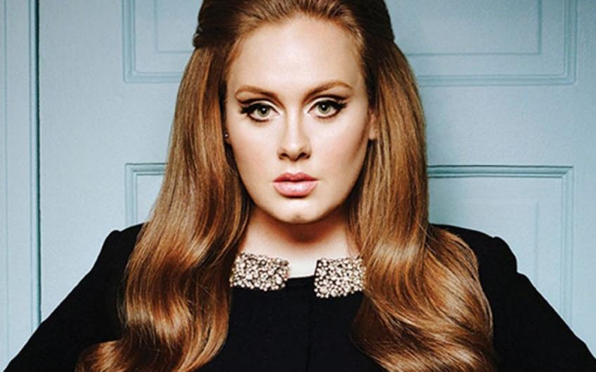 L'incroyable transformation beauté d'Adele