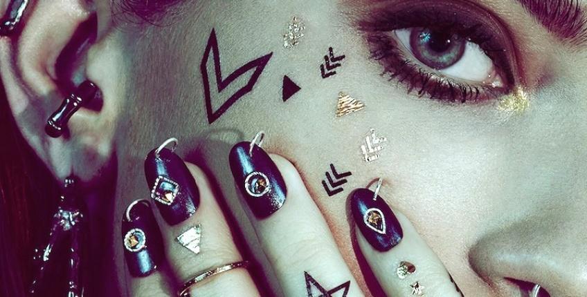 Révolution enclenchée avec la machine à tatouer personnelle