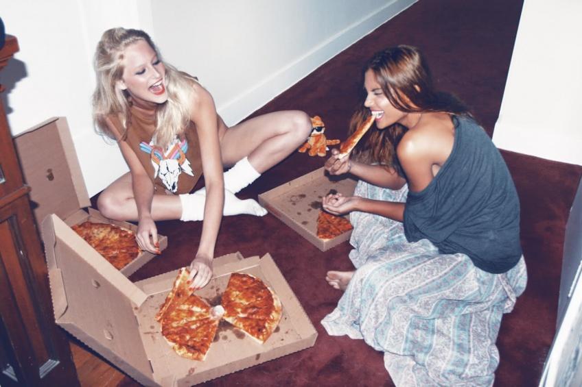 10 raisons pour vous convaincre que la pizza, c'est bien mieux que la Saint Valentin !
