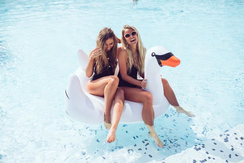 15 moments géniaux qui arrivent forcément lorsque vous buvez avec votre meilleure amie