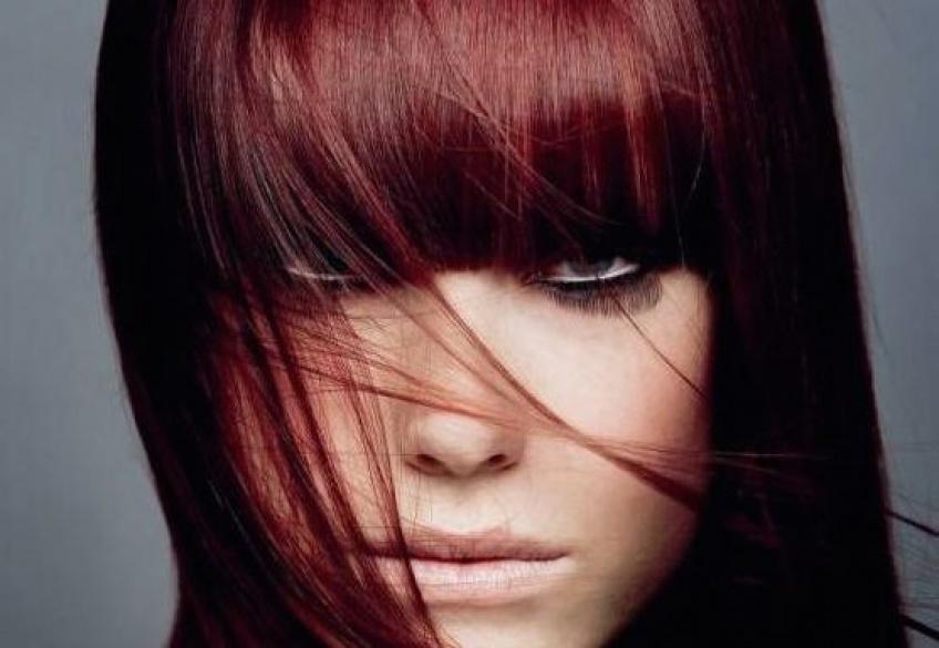 #ALERTE : Le Burgundy, la couleur qui va vous rendre dingue