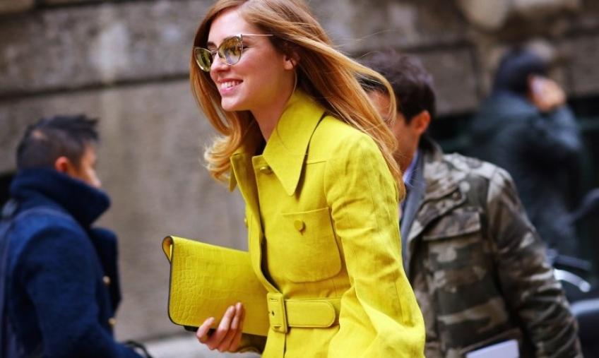 Rayonnante en jaune ce printemps