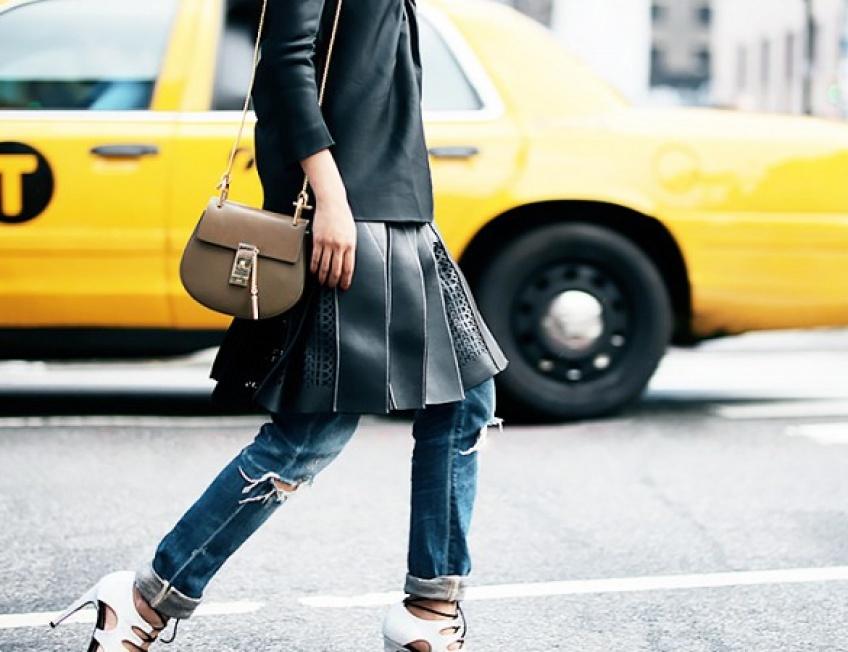 Combinez votre jupe pour une allure ultra-pointue !