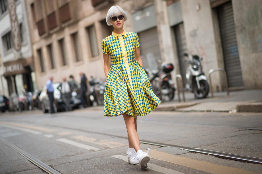 Robe + Baskets : La tenue cool du printemps