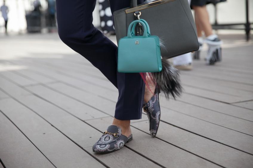 Mardi #Shoesday : Des mules slippers pour trainer sophistiquée