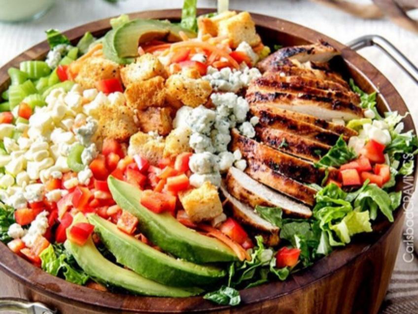 10 aliments unhealthy qui ruinent vos salades