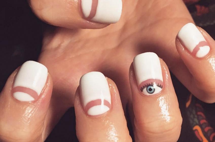 50 inspirations de la nouvelle tendance nail art : le negative space